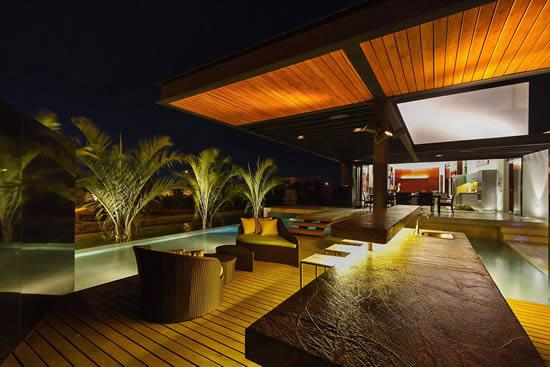 Custom Deck Design in Pinecrest FL
